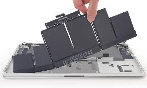 Замена аккумулятора на Macbook